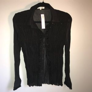 Feminine Sheer Stretch Wrinkle Blouse. Sz. M, NWT